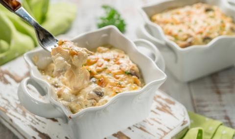 Рецепта на деня: Сочно пилешко с топено сирене