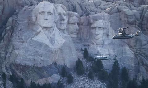 Тръмп: Барелеф на планината Ръшмор. Добра идея