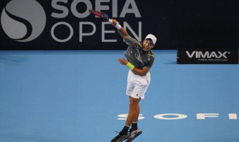 Адриан Андреев записа първа победа в основната схема на турнир от ATР