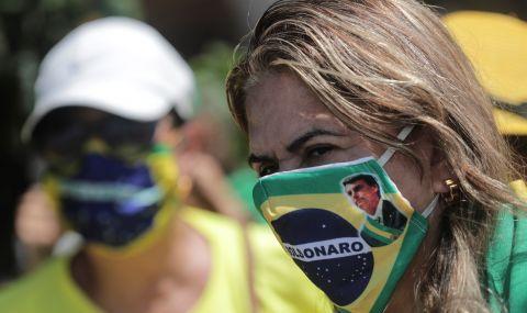 Хаос в Бразилия. Ще оцелее ли Болсонаро?
