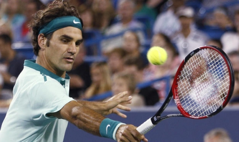 Федерер безпроблемно на полуфинал на Уимбълдън