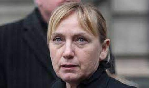 Йончева: Да спрем да отразяваме политици, които не смятат, че дължат отговори
