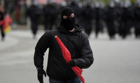 Анархията в Кемниц продължава (СНИМКИ+ВИДЕО)
