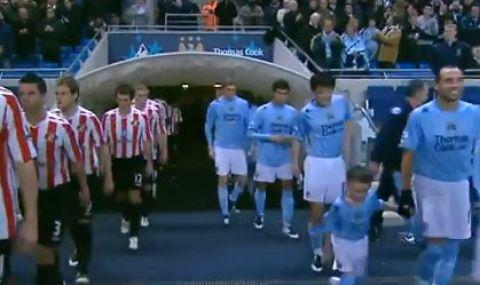 Любопитно: Мартин Петров извежда 8-годишен футболист, който сега е звезда в Манчестър Сити (ВИДЕО)