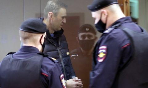 Прокуратурата поиска за Навални 950 000 рубли глоба