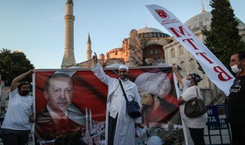 Няма кой да попречи на турците да превърнат