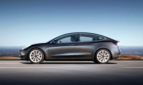 Автопилотът на Tesla отново причини смъртта на водач