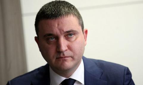 Какво още трябва да стане, за да подаде Горанов оставка?