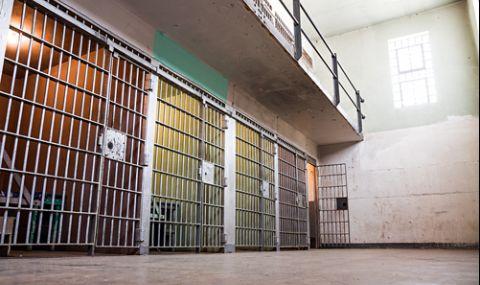 3 г. затвор за рецидивист, крал от работното си място