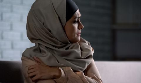 Жестоки наказания за мюсюлманките, които изневеряват