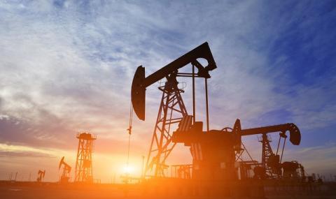 Петролът продължи да поевтинява