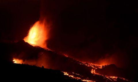 Вулканът на канарския остров Ла Палма бълва лава от нов отвор - 1