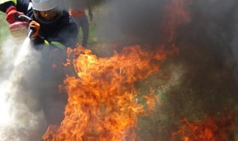 Пожар изпепели популярно заведение в Приморско