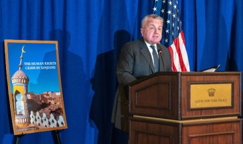 Американският посланик в Русия води разговори в САЩ