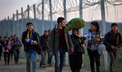 Засилената охрана на гръцката граница с Турция намали бежанския натиск
