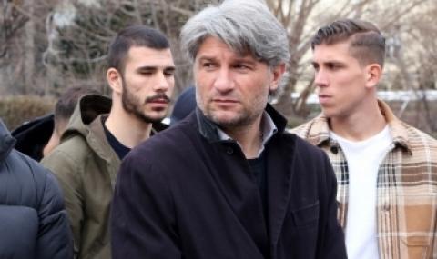 Ръководството на Левски предупреди Ивайло Петков да внимава какво прави