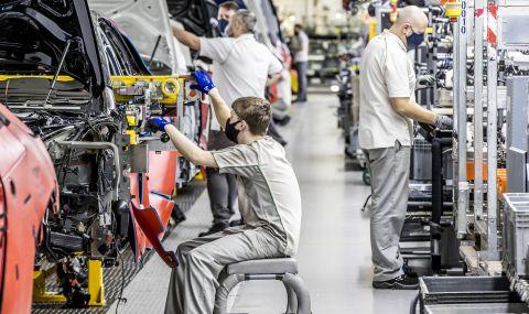 Bentley произведе 200 хиляди автомобила - 5