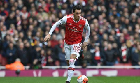 Арсенал започва преговори с Йозил за разтрогването на договора му