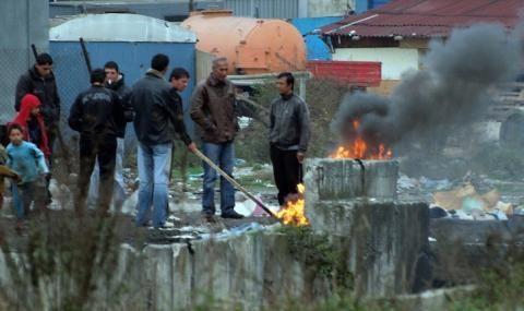 Цигани пребиха младеж без причина на паркинг в София