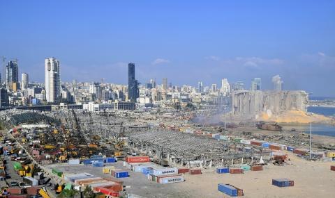 След взрива! Щети за 3 до 5 милиарда долара е причинила експлозията в ливанската столица