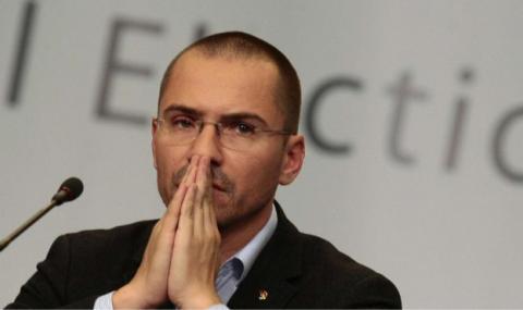 Джамбазки: Съдия Калпакчиев е политически пристрастен - да напусне съда