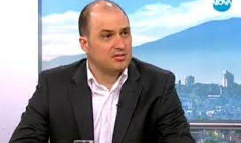Стефан Гамизов: Борисов заема страна на здравната олигархия, а не на българите