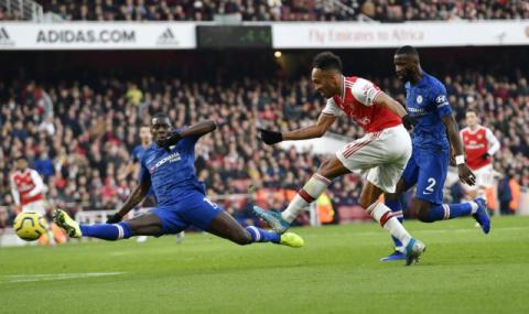 Арсенал с опит да задържи Обамеянг