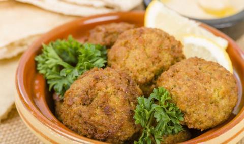Рецепта на деня: Бобени кюфтенца