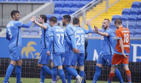 Още двама чужденци ще напуснат Левски след края на сезона