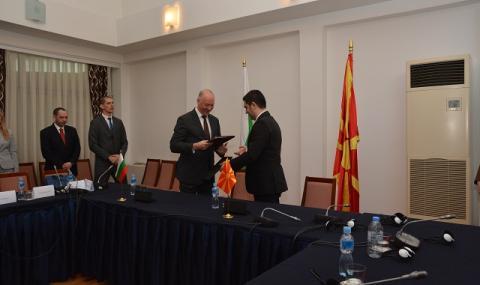 До 2025 г. ще имаме жп линия до Скопие