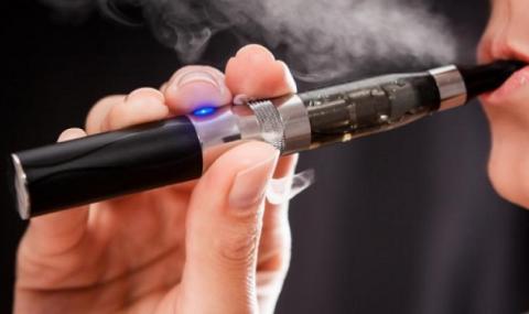 Експерти: Електронните цигари не са решение