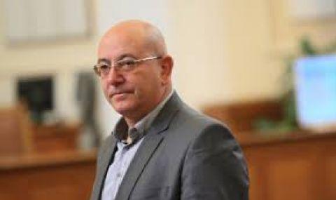 Емил Димитров: Няма да имаме проблем с водата поне 2-3 години