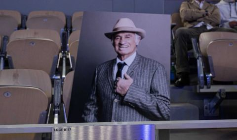 Огромен жест в памет на Белмондо от Ролан Гарос! - 1