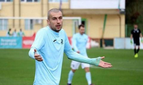 Бившият капитан на Дунав скочи на президента на клуба