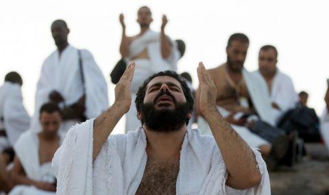 Ограничения на едно от най-големите поклоннически места