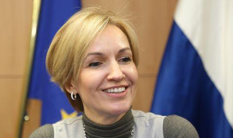 Гергана Паси: Който не е ваксиниран, да няма право да напуска страната