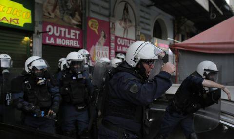 Напрежението от дългата карантина в Гърция изби