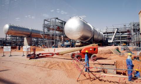 Руски депутат: САЩ атакуваха петролните съоръжения