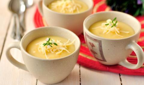 Рецепта на деня: Чеснова крем супа с бяло вино и кашкавал