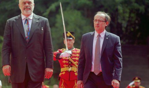 Еди Рама сдобрява Гърция и Турция