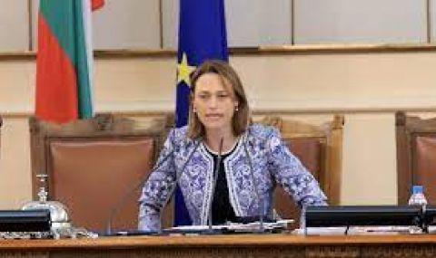 Повечето парламентарни групи са за редуването на пленарните заседания и заседания на комисиите - 1