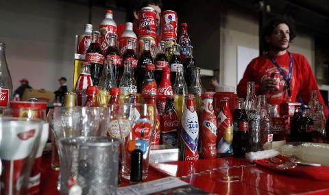 Неочакван проблем! Недостиг на кенчета застигна Coca-Cola - 1