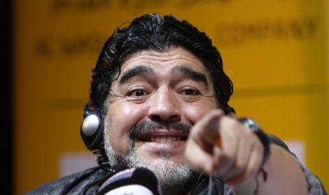 Рикелме: Като видя Марадона сменям канала - 1