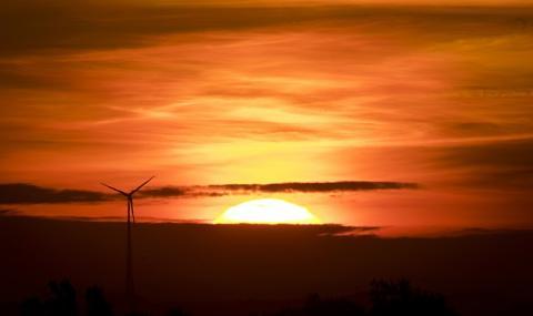 Калифорния преминава на 100% ток от възобновяеми източници