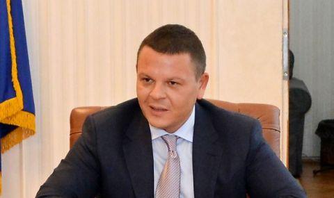Министър Алексиев: Ще намерим справедлив механизъм за разпределение на помощта за авиационния сектор    - 1
