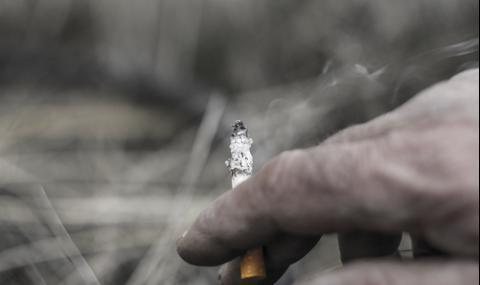 Хванаха дядо-рецидивист с нелегален тютюн