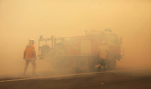 Пожарите в Австралия отделили повече CO2 от годишните емисии