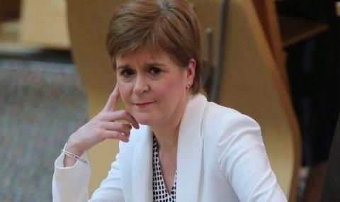 Шотландия отива на съд за референдум