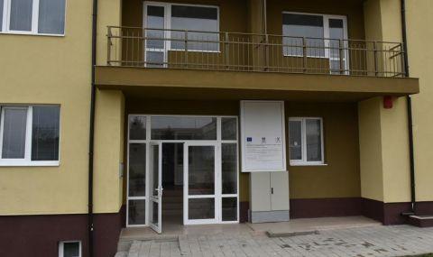 Нови социални жилища получиха 14 граждани на Ловеч - 1