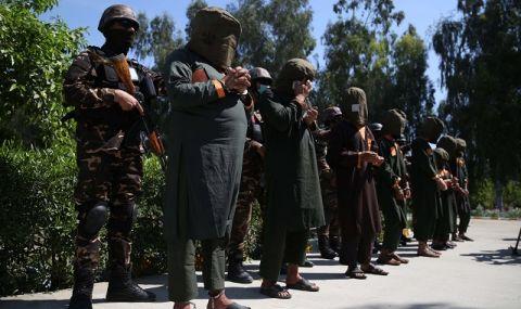 Лондон: Няма да признаваме талибаните, но трябва да се ангажираме пряко с тях! - 1
